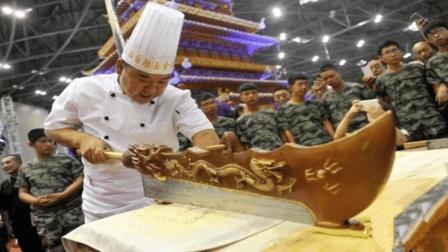 中国顶级厨师的刀速, 到底快到什么程度? 厨师: 小李飞刀算个屁