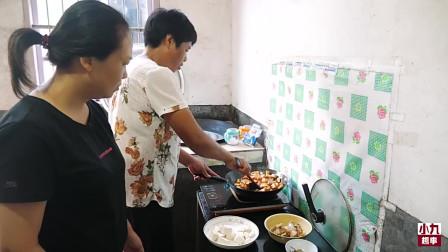 农村儿媳买了个猪耳朵,婆婆往锅里一煮,让吃货儿子食欲大开