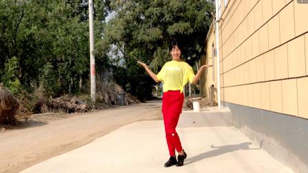 阿采学跳健身舞视频三角债 每天美美哒