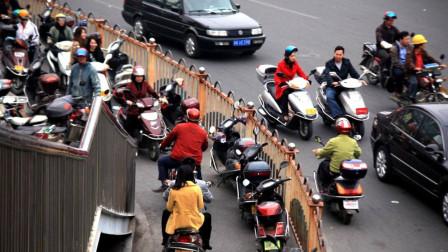 """中国唯一人口破三千万的城市!满地是摩托,被称为""""摩托车之都"""""""