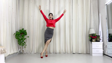青青世界广场舞《星星点灯DJ》64步适合大众健身