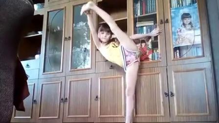 外国小学生,舞蹈。