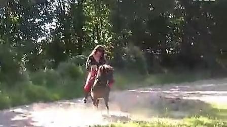 视频骑美女-播单-优酷美女dj现场小马视频图片