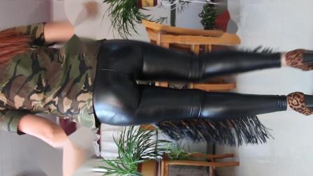 荣容广场舞 性感黑色皮裤自由舞 冬天也能这样健身
