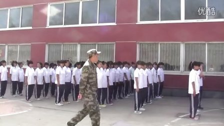 丹东市曙光职专2013级综合班军训现场