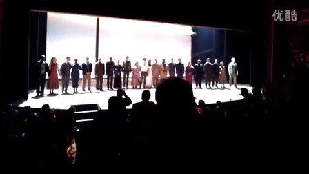 2013-9-19 罗密欧与朱丽叶正式场首演谢幕 by 剧组GoogleGlass