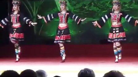 云南行西双版纳森林公园大型民族风情演艺场多民族歌舞表演
