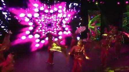 中國火龍文化傳媒基地:建輝地產開盤演唱會(B機上部)