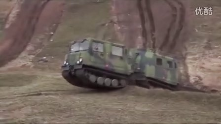 俄罗斯小履带车 GAZ 3351 ГАЗ-3351