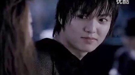 风靡亚洲的音乐[YG MV] 2NE1 DARA_KISS MV