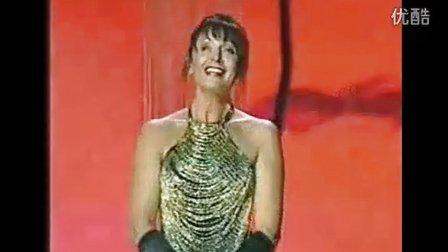 """Ewa Malas-Godlewska """"人们叫我咪咪""""选自《波西米亚人》"""