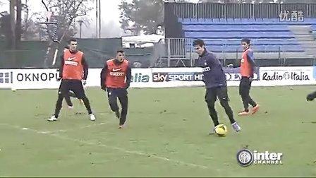国米新援Hernanes训练视频