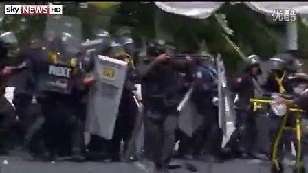 泰国发生流血冲突,英拉被控贪污 2014-2-18