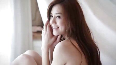 周韦彤–私密侧拍