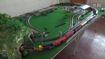 高清版!美国两大铁路公司组成联合货列上线运行(2014)