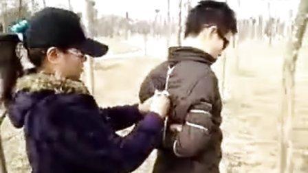 女绑男郊游_标清