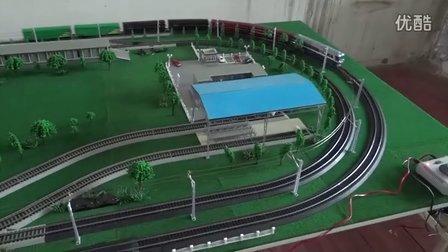 东风8B内燃机车挂4节P64及两节P65棚车上线运行(配乐版)