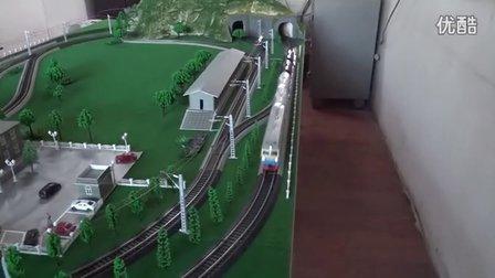 东风4DH内燃机车挂2节GQ70和2节GN70油罐车在线运行(配乐版)