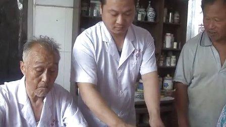 【中国好医生】牛林中 仁心乡村医生的慈善梦