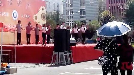 昭通学院2014年开学典礼街舞协会表演