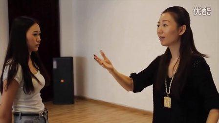 芮歌文化专业表演艺考培训——明星导师张芮歌课程示范(三)