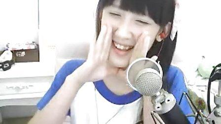 QT泡芙直播录像2014年10月13日晚8点后50分钟有手指舞哦