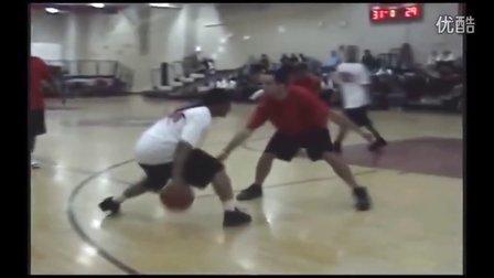 【精品篮球】世界各地知名街球手,碉堡运球集锦。