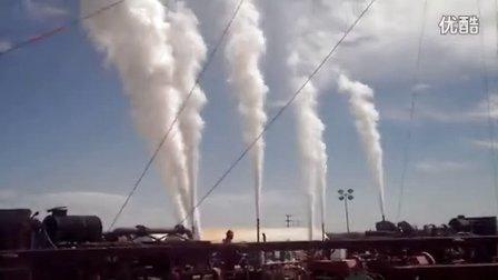 哈里伯顿 CO2 压裂施工现场