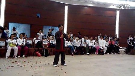 李国强在2014年首届传统太极拳名家演艺大会现场视频