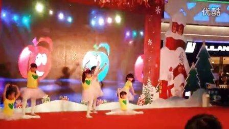 圣诞平安夜 小苹果舞蹈 万达广场