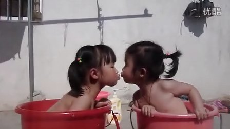 洗澡噜啦啦