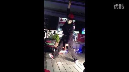 人生皆如牵线木偶  —   小仓站前的街头艺人(完整版)