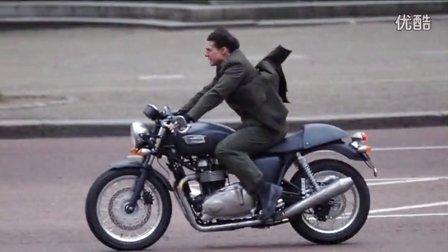 明星与机车【汤姆克鲁斯 TRIUMPH Thruxton T900 】英国复古咖啡骑士 凯旋摩托车