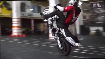 【摩托车特技】 大排量机车 玩特技 16