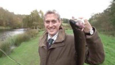獵奇 第六十九集  英式渔猎挑战赛