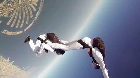 GoPro:迪拜双人跳伞秀
