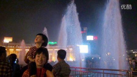 泉城(济南)夜景水之光
