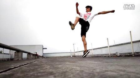 【武术】旋转360度踢腿、后旋转踢腿!@Hello-東仔