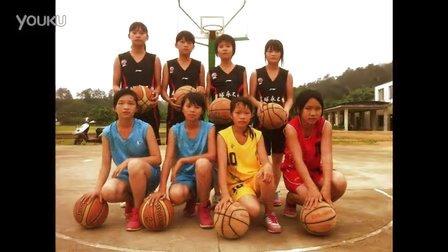 梨木中学篮球队致 我们不高大,甚至很矮,也没有最好的运动素质,但我们会玩命地扑向篮球,因为我们热爱篮球