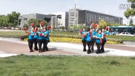 水中一媛  晨韵舞蹈队  手绢舞  爷爷奶奶和我们  QQHD视频_20150521100455