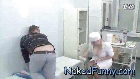 巨乳护士打屁股针时恶搞好色患者 豪乳美女护士
