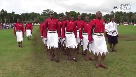 怪奇,梭罗与凉鞋!独树一帜的斐济武装力量