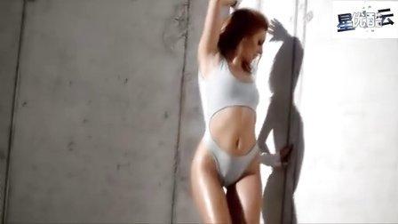 美女性感劲歌热舞