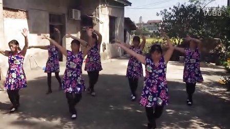 南县三仙湖镇陈子湖村乐意广场舞队舞动生活之 黑山姑娘唱山歌