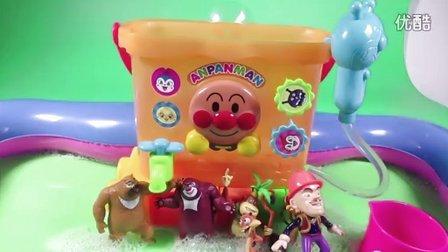 奇奇和悦悦的玩具 2016 熊出没全体洗澡 熊大熊二光头强 面包超人洗澡玩具 面包超人洗澡玩具