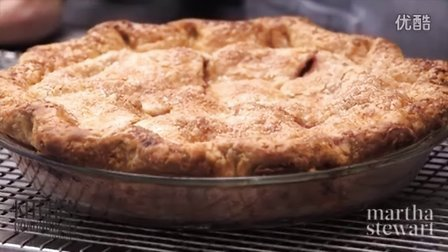 Essential Tips for Baking a Double-Crust Fruit Pie - Kitchen Conundrums with Tho