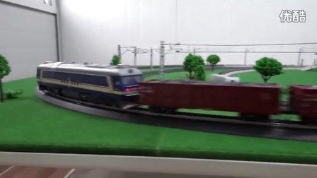 东风8B内燃机车牵引11节C64敞车在外环铁路运行