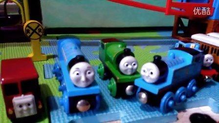亲子早教  托马斯和他的朋友们赛跑