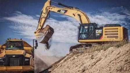 最新挖掘机表演视频大全 儿童玩具工程车运泥沙动画