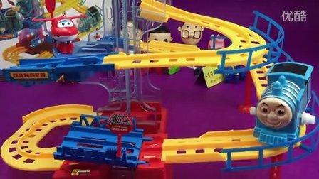 360度旋转 托马斯小火车  托马斯和他的朋友们 大头儿子 小猪佩奇 超级飞侠
